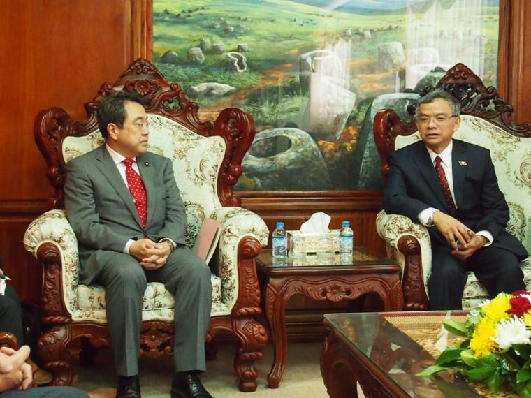 【平成25年9月18日 新着情報】 赤澤国土交通大臣政務官 ラオス・タイ出張