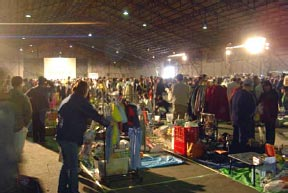 """flea market objective Italy is a veritable treasure chest of flea markets,  buying a piece of history or a """"preloved"""" item that makes it even more special than a brand new object."""