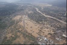 堤防決壊の状況(信濃川水系千曲川)