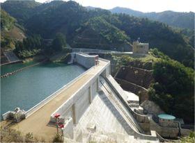 大津呂ダム~「うみんぴあ大飯」を潤す、滝水千軒のシンボル~