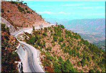 ネパール国シンズリ道路